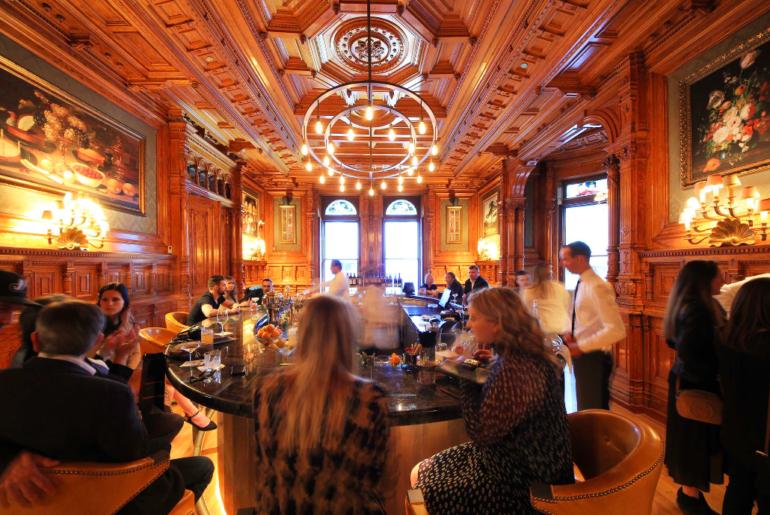 Mount Stephen, Bar George, Unusual montreal restaurants, gentlemen club montreal, victorian mansion,