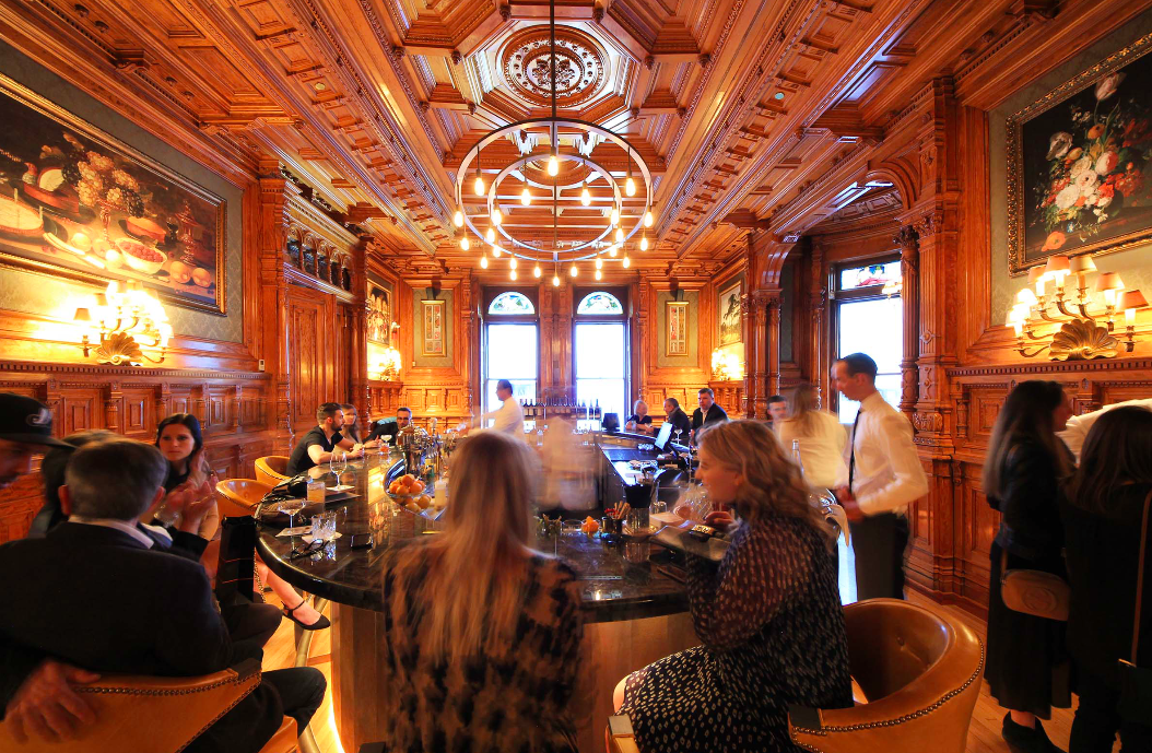 10 Of The Unique Bars And Restaurants In Montreal To Try