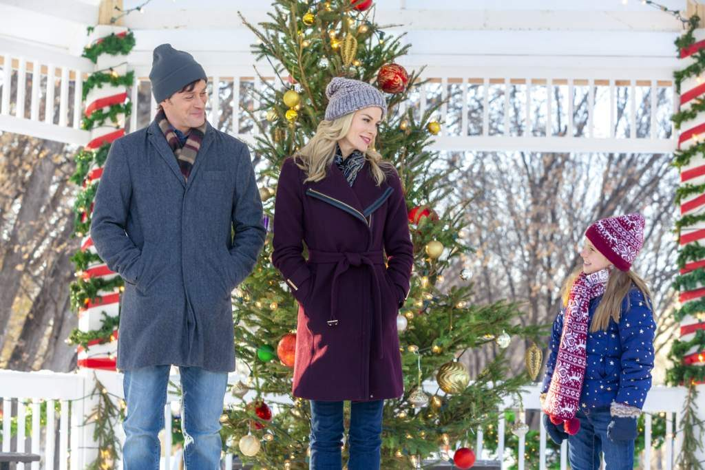 12 binge-worthy Christmas movies that were filmed in Canada