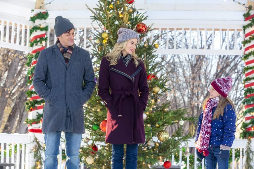 Christmas In Canada.12 Hallmark Christmas Movies Filmed In Canada Travel Design