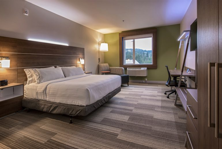 Holiday Inn Express & Suites Victoria – Colwood