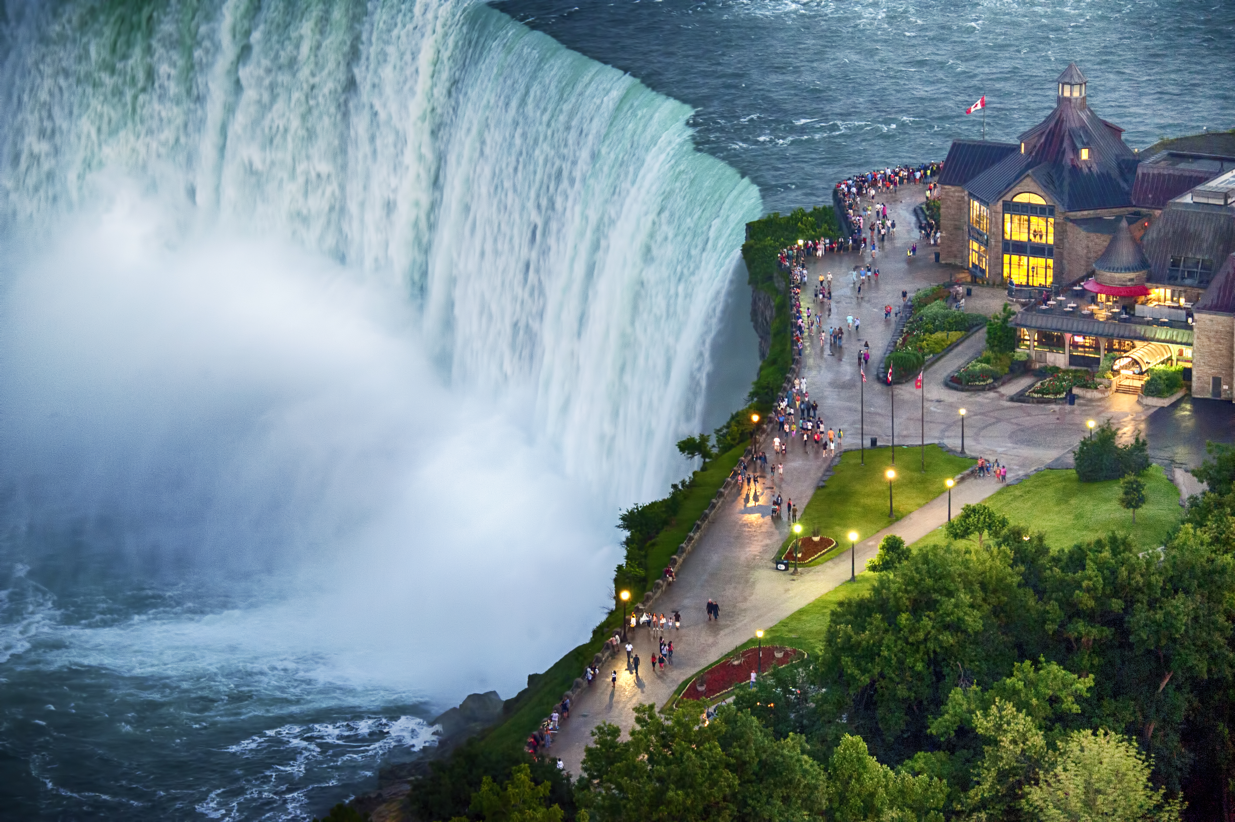 The Table Rock Centre Re Opens Across From Niagara Falls