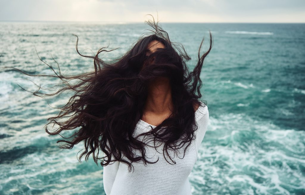 Three Ways to Keep Your Hair Healthy While You Travel