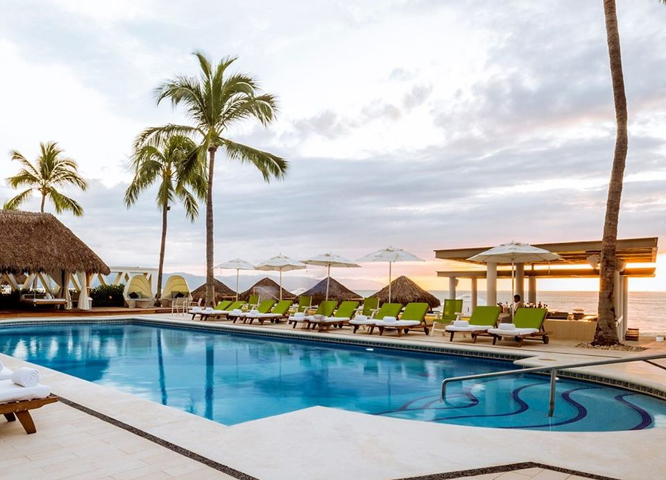 Enjoy a Romatic Getaway in Puerto Vallarta at Villa Premiere Boutique Hotel